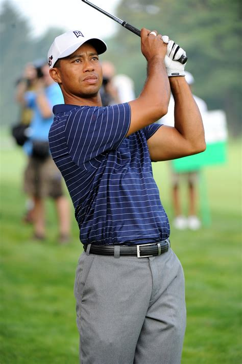 Sports Players: Tiger Woods | American Top Golfer