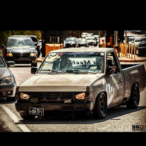 nissan pickup drift 17 best images about nissan d21 on pinterest trucks