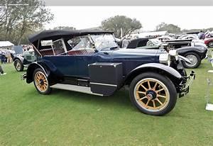 1920 Packard Twin-Six 3-35 - conceptcarz.com