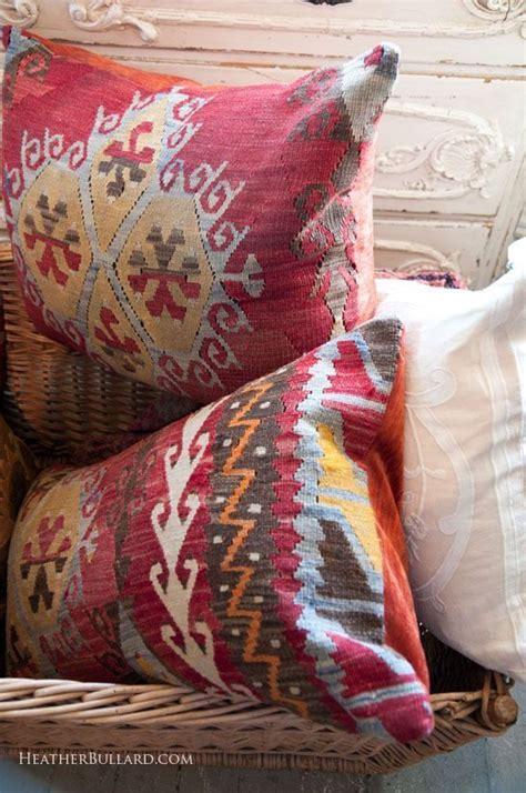 Pin by ~Elizabeth Anne~ on ~Pillow Talk~ | Pillows, Kilim ...