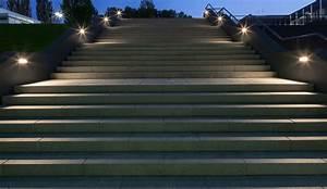 éclairage Escalier Extérieur : clairage ext rieur d 39 escaliers led trilux ~ Premium-room.com Idées de Décoration