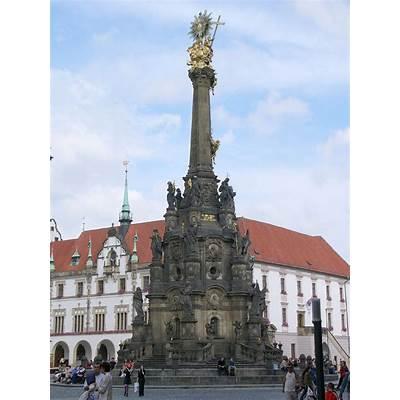 Holy Trinity Column in Olomouc - Wikipedia