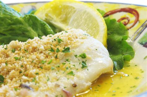 Check out these yummy balls of ketogenic goodness. Keto Baked Haddock Recipe - Baked Haddock With Spinach And Cheese Sauce Recipe Healthy Recipe ...