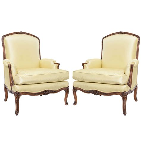 French Bergere Chairs by Pair Of French Bergere Chairs At 1stdibs