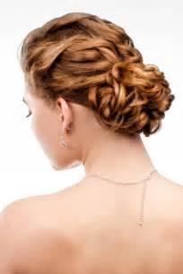 Hochsteckfrisuren Lange Glatte Haare by Weicher Lockerer Dutt Am Hinterkopf Hochsteckfrisuren Für Lange Und Mittellange Haare