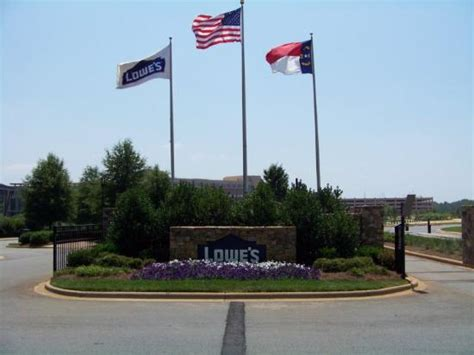 lowe s headquarters phone number you are here home lowes corporate headquarters images