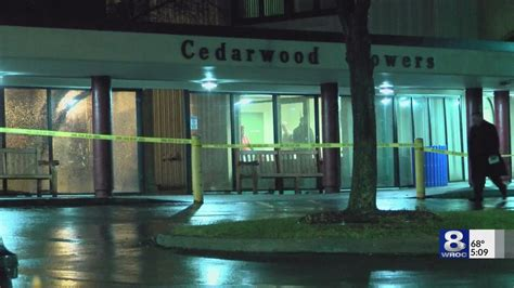Security Guard In Rochester Ny by Security Guard Justified In Shooting At Cedarwood