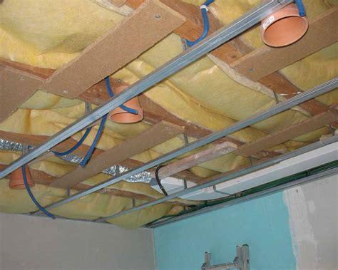 spot de cuisine encastrable spot plafond cuisine implanter des spots au plafond lie