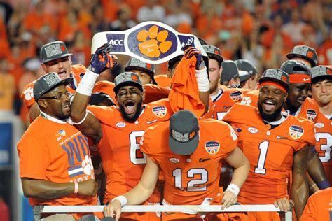 Get Clemson University Football Team  Pics