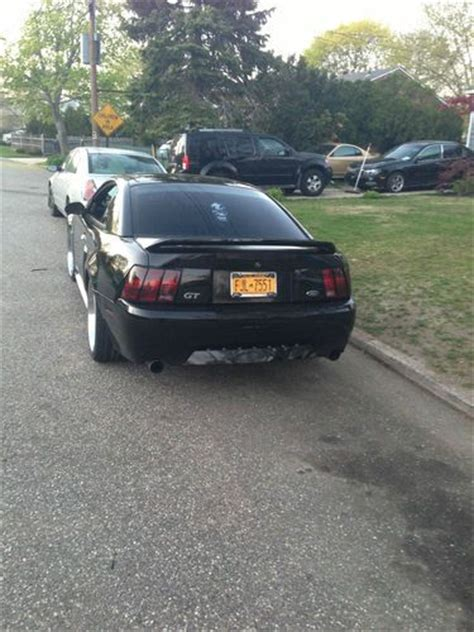 sell   ford mustang gt coupe  door  black