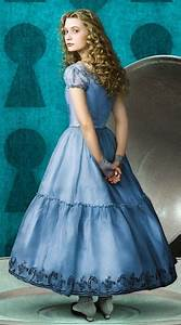 Alice - Alice in Wonderland (2010) Photo (14189594) - Fanpop