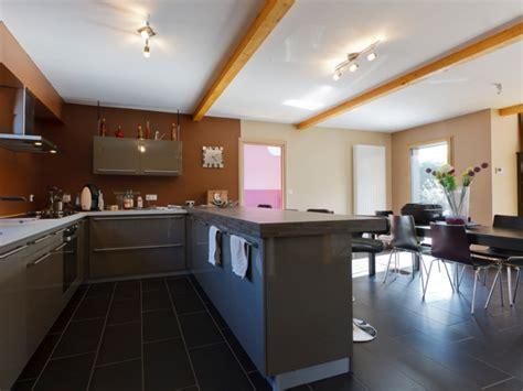 cuisine architecte maison bois contemporaine par ocube architecte dans la