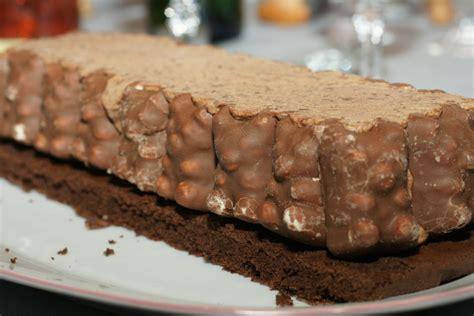 recette avec guimauve dessert b 251 che tout chocolat aux oursons en guimauve fourchett es