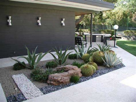 stunning  water landscaping ideas   garden