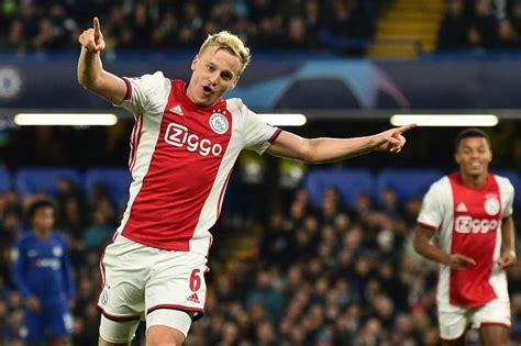 Manchester United News: Donny Van De Beek's Agent Upset ...