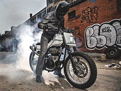Modification Royal Enfield Continental Gt by Royal Enfield Continental Gt Modified As A Flat Tracker
