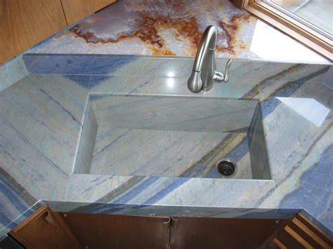 like the look of an intergrated sink center inc