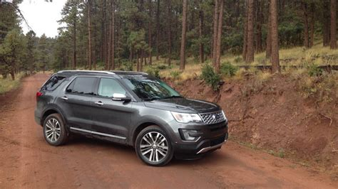 2016 Ford Explorer Platinum Review, Test Drive, Photo