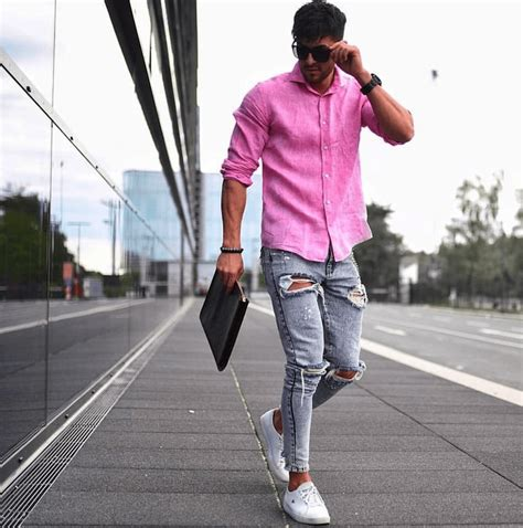 How to Wear a Pink Shirt | The Idle Man