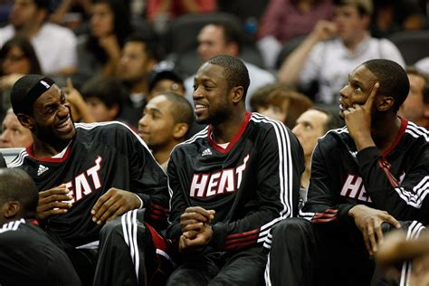 dwyane wade  chris bosh react  lebron james