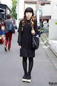 Two Tone Hair All Black Fashion Belly Button Platforms