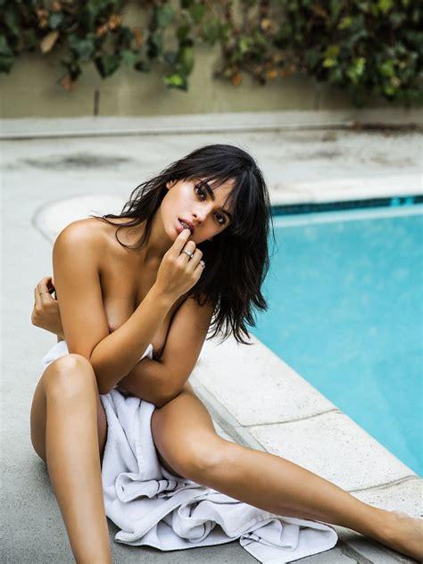 Nackt Nina Daniele  Discover Nina