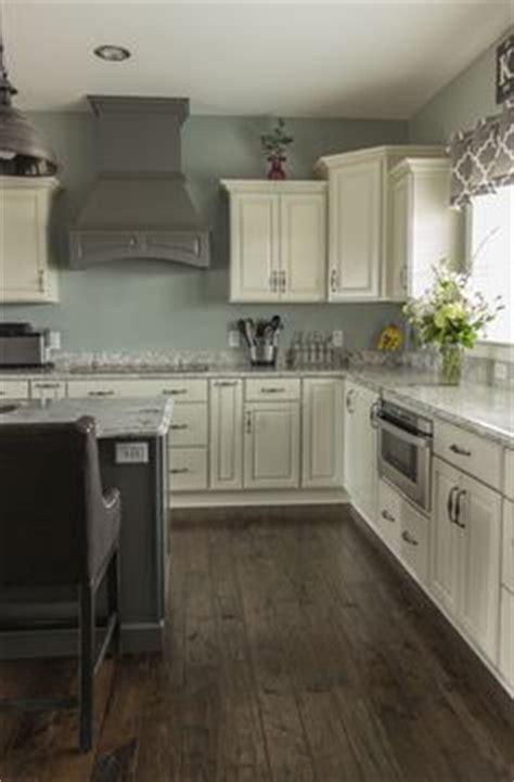 kitchen cabinets toledo ohio merillat classic ralston cabinet door with five 6424