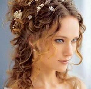 Coiffure Femme Pour Mariage : coupe de cheveux mariage femme ~ Dode.kayakingforconservation.com Idées de Décoration