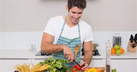 blanchir en cuisine veut dire 10 bonnes raisons de sortir avec un mec qui cuisine bien