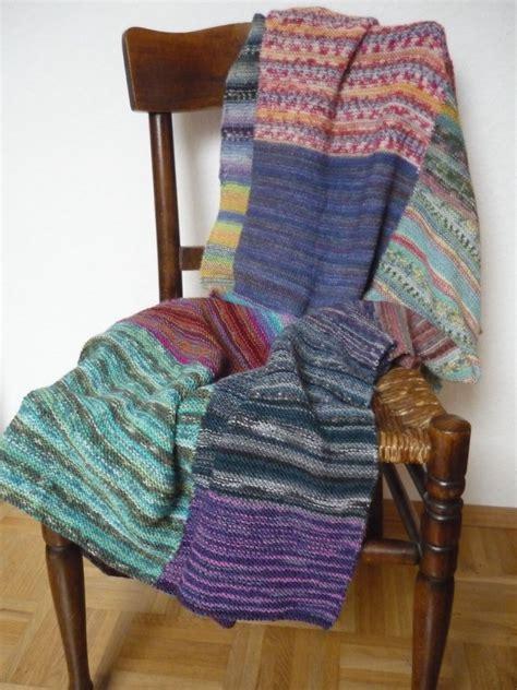 decke stricken oder häkeln decke stricken patchwork aus sockenwolle reste stricken decke stricken