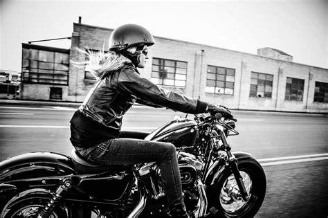 City Biker Girl Motorbike Harley Davidson Hd Wallpaper
