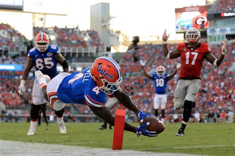 Photo by Rob Foldy/Getty Images | College football ...