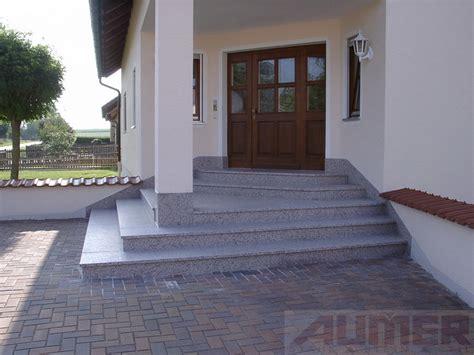 außentreppe mit podest stein aumer treppen stahl stein stil