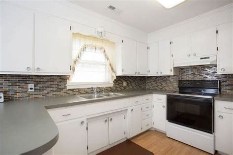 what color should i paint my kitchen cabinets what color should i paint my kitchen cabinets hometalk