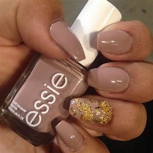 Short coffin nails with a natural look. Essieu0026#39;s u0026quot;ladylikeu0026quot; nail polish with gold leaf (also ...