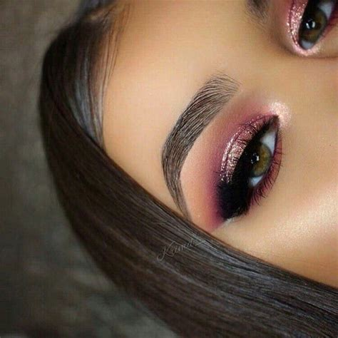 Natural Tapered Brow With Pink Eyeshadow And Shimmer On