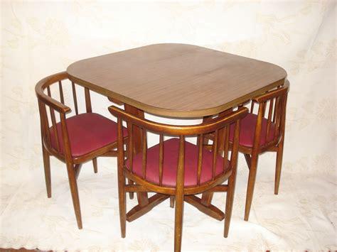 table de cuisine avec chaise encastrable classique 3 personne table cuisine chaise encastrable rectangulaire gris verre plancher ile