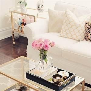 20 super modern living room coffee table decor ideas that for Decoration for living room table