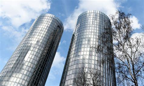 Rīgas dvīņu torņu mistērija: Kas notiek ar Z-Towers ...