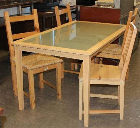 table de cuisine en bois massif chaise de cuisine en bois lot de 4 chaises bistrot par