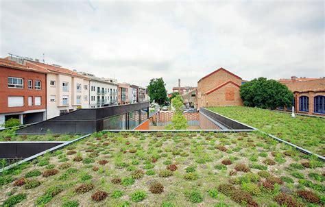 Centro Comunitário De Idosos  F451 Arquitectura