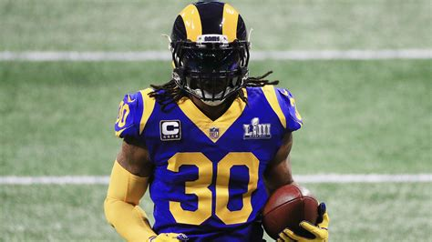 rams todd gurley wont    rb  bad knee