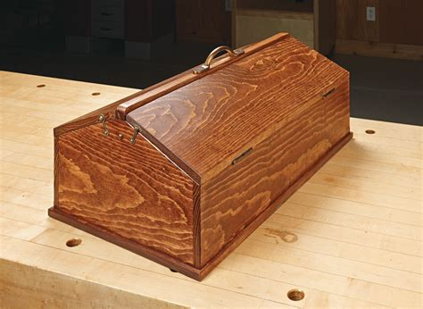 antique toolbox woodworking project woodsmith plans