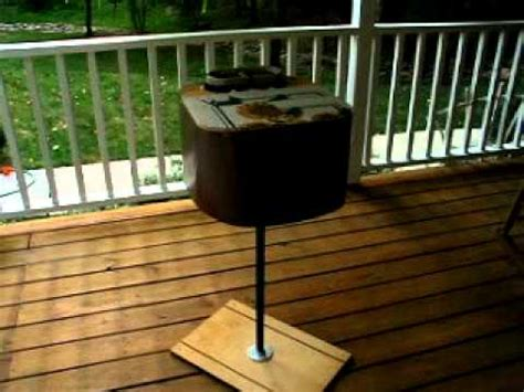 proof cat feeder how to skunk proof a feral cat feeding station doovi
