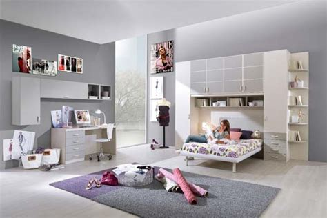Modern Teenage Girl Bedroom With Colorfull Decoration