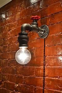 199 best images about industrial pipe ideas on pinterest With salle de bain design avec ampoule décorative filament led