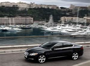 Jaguar Nice : nice photo of jaguar xf desktop wallpaper of yachts background ~ Gottalentnigeria.com Avis de Voitures