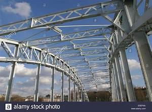 Pont Metallique Stock Photos  U0026 Pont Metallique Stock