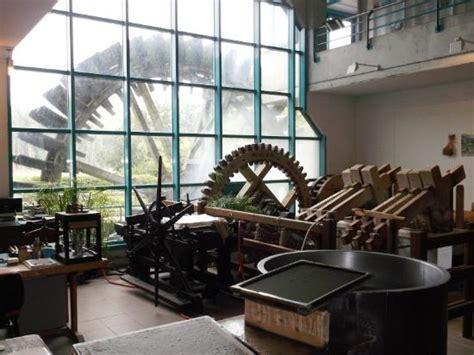 la maison du shirt fascinating insight into paper production review of la maison du papier esquerdes