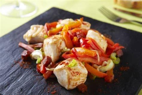 cuisine plancha recette recette de cubes de poulet à la plancha oignon poivron